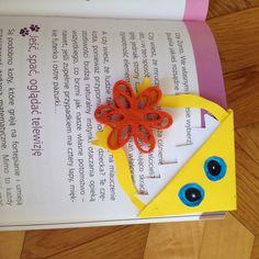 Extraordinary bookmark