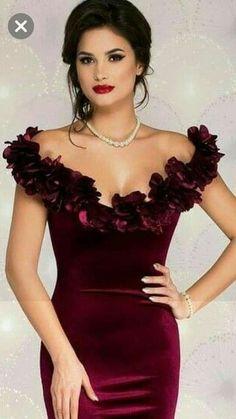 Grad Dresses, Dressy Dresses, Club Dresses, Dress Outfits, Short Dresses, Fashion Dresses, Evening Outfits, Evening Dresses, Velvet Dress Designs