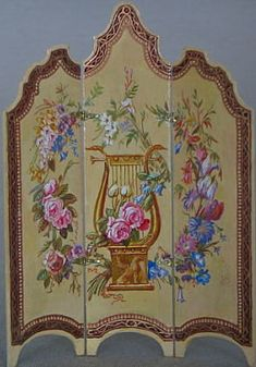 Rococo screen with florals