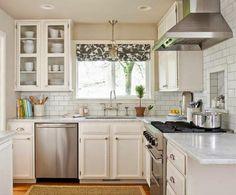 En la cocina pasamos mucho tiempo trabajando, así que conseguir sensación de amplitud y orden es fundamental.