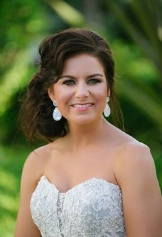 Wix Pro Gallery Wedding Hair And Makeup, Hair Makeup, Wedding Bride, Wedding Day, Grace Bay Beach, Day Glow, Turquoise Water, Turks And Caicos, Professional Hairstyles