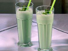 Grasshopper Ice Cream Cocktail Recipe : Sandra Lee : Food Network - FoodNetwork.com