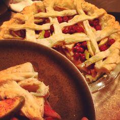 Hello there! #apple #cranberry #pie #fromscratch #baking #breathe #sallysbakingaddiction