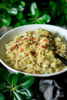 Southern Fried Cabbage with Bacon: a keto side dish that is low carb and simple to make. Bacon is added to make this deep South soul food extra yummy. Reap the health benefits of eating low calorie cabbage with your meals. Enjoy eating this country cooking comfort food with your family tonight. | www.savortheflavour.com #southern #lowcalorie #lowcarb #bacon #sidedish