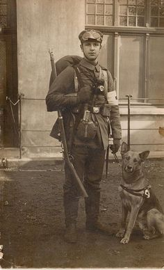 +~+~ Vintage Photograph ~+~+  Great photograph of a WWI medic and his faithful companion and rescue dog.