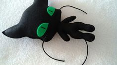 Anime Diys, Baby Animals Pictures, Ladybugs, Miraculous, Fabric Crafts, Lol, Sewing, Cats, Disney