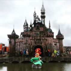 ‪#‎Dismaland‬ ‪#‎Bemusement‬ ‪#‎Park‬ - cold chips and people's cries!