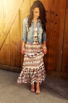 Pretty modest outfit. http://www.amazon.com/gp/product/0895558009/ref=as_li_ss_tl?ie=UTF8&camp=1789&creative=390957&creativeASIN=0895558009&linkCode=as2&tag=collehammo-20