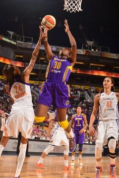 san francisco 6aaf1 34c75 Nneka scores for Los Angeles Sparks vs. Phoenix Mercury in the second game  of playoffs