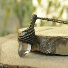 Handmade quartz necklace in macrame