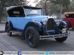 This light and dark blue-hued 1927 Whippet Overland #VintageCar #Whippet