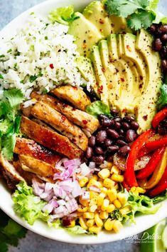 Fajita Chicken Burrito Bowl is packed with juicy golden chicken, cilantro lime rice, avocado and a delicious dressing! Perfect for meal prep!