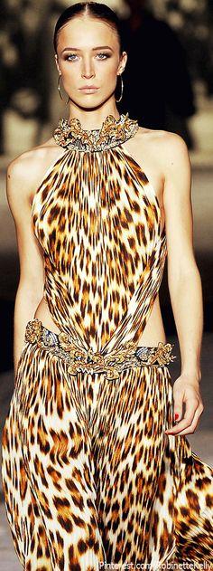 Raquel Zimmermann at Roberto Cavalli Spring/Summer 2007 Milan -- (CoCo is Haute) Beauty And Fashion, Fashion Mode, Runway Fashion, High Fashion, Leopard Fashion, Animal Print Fashion, Fashion Prints, Animal Prints, Raquel Zimmermann