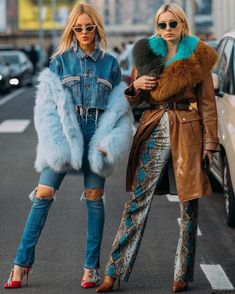 "These Milan Fashion Week Street Style Moments Will Have You Saying, ""What Runway?"":separator:These Milan Fashion Week Street Style Moments Will Have You Saying, ""What Runway? Moda Fashion, Trendy Fashion, Runway Fashion, Winter Fashion, Fashion Show, Fashion Outfits, Fashion Design, Fashion Trends, Jeans Fashion"