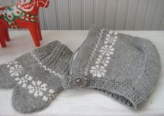 Toddler Bonnet and Mittens Scandinavian by BirdaKnits on Etsy