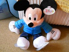DISNEY STORE - 2011 ICE SKATING MICKEY MOUSE PLUSH SOFT TOY