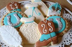 Cute Western wedding cookies!
