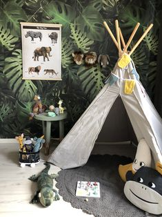 18 fun backyard kids design ideas for summer outdoor playground - Wholehomekover Jungle Theme Nursery, Nursery Themes, Nursery Decor, Jungle Baby Room, Jungle Jungle, Room Themes, Nursery Ideas, Room Decor, Baby Bedroom