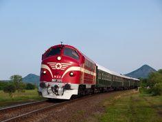 Rail Train, Retro 2, Diesel Locomotive, Budapest, Planes, World, Pictures, Railings, Train
