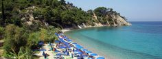 Located just outside Kokkari in a sheltered bay, you reach Lemonakia beach via a 100m long path from the main road.  Its round pebbles and crystal waters make this beach quite popular. The turquoise waters create an exotic scenery surrounded by high cliffs with vast vegetation. #samos #greek_island #beach #pebbles #greece #lemonakia