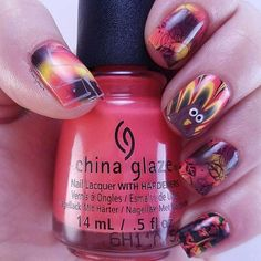 Still thinking on what #nailart to don this #Thanksgiving? Here's an inspo from @earlystar4. http://ift.tt/2fwNvuK