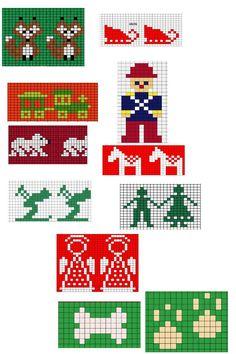 Fair Isle Knitting Patterns, Christmas Knitting Patterns, Knitting Charts, Loom Patterns, Knitting Stitches, Hand Knitting, Knit Christmas Ornaments, Knitted Christmas Stockings, Cosy Christmas