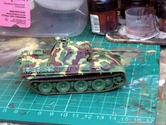 Tiger Tank, Model Tanks, Army Vehicles, Plastic Models, World War Two, Green And Brown, Album Covers, Dots, Projects