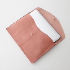 Shinola Macbook Envelope | Steven Alan Maybe the most beautiful leather good I have ever seen.