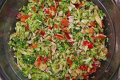 Brokkoli-Paprika-Apfel-Salat Broccoli – pepper – apple – salad (recipe with picture) Chef Salad Recipes, Apple Salad Recipes, Salad Recipes For Dinner, Salad Dressing Recipes, Dinner Salads, Chicken Salad Recipes, Healthy Salad Recipes, Vegetarian Recipes, Broccoli Salad