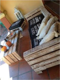Pallet Ideas : Want to improve your home with wooden pallet furniture? We're the right place for you. Click and get to know lots of pallet inspiration. Pallet Patio Furniture, Outdoor Furniture Plans, Diy Furniture, Pallet Couch, Rustic Furniture, Garden Furniture, Modern Furniture, Diy Pallet Projects, Home Projects