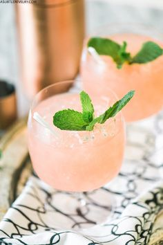 THE BEST WATERMELON MOJITO