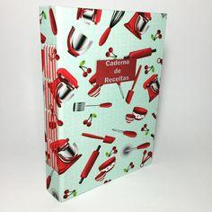 Disponível em nosso site! www.andreascrapecia.com.br #andreascrapecia #book #bookarts #bookbinder #bookbinding #cook #craft #caderno #cozinha #costuropapel #comprodequemfaz #caderdodereceitas #exclusivo #encuadernacion #encadernacaomanual #food #feitoamao #melancia #handmade #kitchen #livrodereceitas #livrodereceitas #papel #receitas #tecido #