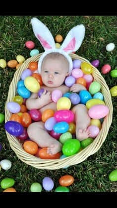 Easter Baby photo idea!  Too cute!