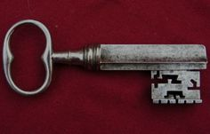 Superb-quality-rare-wrought-iron-18th-century-French-key