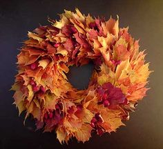 Fall Crafts, Diy And Crafts, Autumn Cozy, Autumn Wreaths, Paint Colors For Living Room, Kids Decor, Flower Art, Fall Decor, Floral Wreath