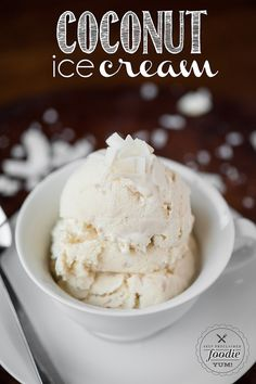 This delicious and creamy Coconut Ice Cream is made the old fashioned way with toasted coconut and both heavy cream as well as coconut cream & coconut milk. Mini Desserts, Cold Desserts, Ice Cream Desserts, Frozen Desserts, Ice Cream Recipes, Frozen Treats, Homemade Coconut Ice Cream, Making Homemade Ice Cream, Coconut Cream