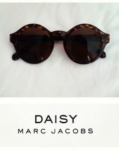 Darling sunnies by Marc Jacobs.