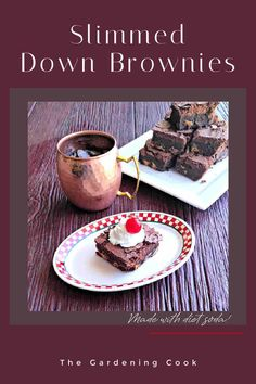These low calorie brownies are light but still delicious and have no oil. The secret to making them is using Diet Dr Pepper. Get the recipe on The Gardening Cook. New Recipes, Holiday Recipes, Cooking Recipes, Low Calorie Brownies, Diet Dr Pepper, How To Slim Down, Brownie Recipes, Healthy Cooking, Yummy Food