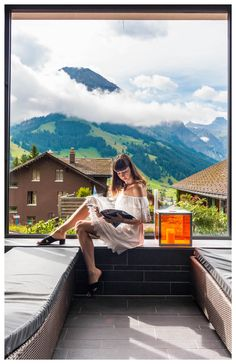 Looking for a summer travel destinations to add to your bucket lists? Take a look at these 20 photos that will inspire you to visit beautiful Swiss Alps of Switzerland - The perfect destination for honeymoons, hiking or just relaxing! Switzerland Cities, Ski Vacation, Dream Vacations, Travel Images, Travel Pics, Amazing Destinations, Travel Destinations, Swiss Alps