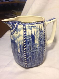 Ringtons tea merchants Newcastle blue and white jug by Wade 1930's Shabby Chic