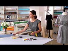 ▶ näh mit Sarah einen zeitlosen Kleid in A-linie und lerne Futter, Reißverschluss und Ärmeln einzusetzen mit große Detailaufnähmen! #makerist, nähenlernen, #nähanleitung, #kleidnähen, #kleid-a-linie