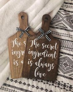 The Secret Ingredient Is Love // Cutting Board // Decorative Cutting Board // Secret Ingredient // F Dollar Tree Decor, Dollar Tree Crafts, Diy Wood Projects, Wood Crafts, Diy Cutting Board, Farmhouse Cutting Boards, Craft Show Ideas, Craft Sale, Crafts To Sell