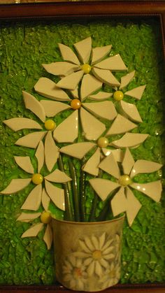daisies.  Great idea for fused glass