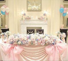 インスタで人気の王道可愛い高砂デコレーションまとめ | marry[マリー] Reception Table, Reception Decorations, Table Decorations, Bridal Table, Wedding Table, Wedding Balloons, Wedding Preparation, Sweetheart Table, Wedding Images