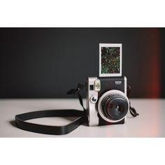 Camara Instax Mini 90 Neo Classic