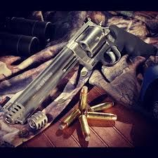 My Country Boy's, 500 Smith & Weston Magnum!! Largest Hand Gun Out There!!