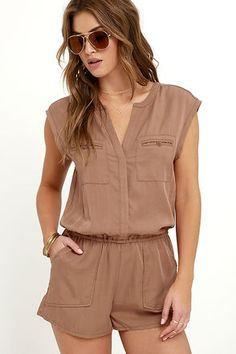 Casual V Neck Pure Colour Sleeveless Jumpsuits – ebuytide stylish jumpsuit jumpsuit casual jumpsuit summer jumpsuitoutfit jumpsuitsummer jumpsuitelegant jumpsuitwork 642255596840714182 Jumpsuit Casual, Jumpsuit Outfit, White Jumpsuit, Floral Jumpsuit, Black Romper, Jack Wolfskin, Playsuits, Ted Baker, Dame