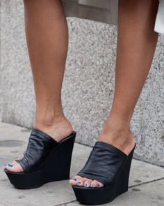 Steve Madden shoes spotted during the showing of men's collections in London. Wedge Mules, Heeled Mules, Black High Heels, Black Wedges, Blue Toes, Wide Width Shoes, Unique Shoes, Pedicures, Platform Wedge Sandals