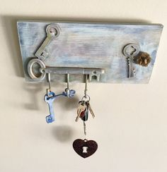 Rustic Key Holder Shabby Chic Key Rack Vintage Painted Wall Hooks Distressed Chalk Paint Wood Organizer with Hooks Entryway Key Hook Display by NanasShabyAtTic4u on Etsy