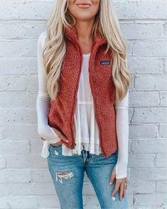 Women Fashion Zipper Vest Coat - - winter fashion women Source by Winter Outfits For Teen Girls, Fall Winter Outfits, Autumn Winter Fashion, Fall Fashion Vest, Preppy Fall Outfits, Summer Outfits, Winter Wear, Winter Dresses, Vest Coat
